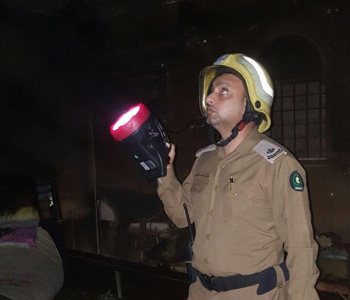 حريق منزل في أبي عريش (2)