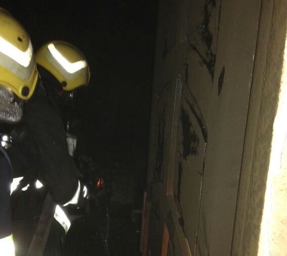 حريق منزل في أبي عريش (4)