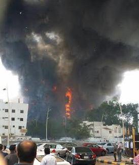 حريق هائل في برج فندقي بحي العزيزية بمكة (5)