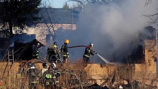 حريق هائل في مبنى تابع لوزارة الدفاع الروسية