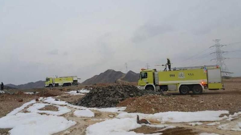 حريق وانفجارات متتالية بناقلة حاويات و #مدني_محائل يتدخل (3)