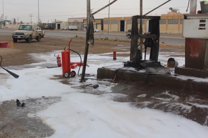 حريق يلتهم مضخة ديزل بمحطة وقود ببريدة1
