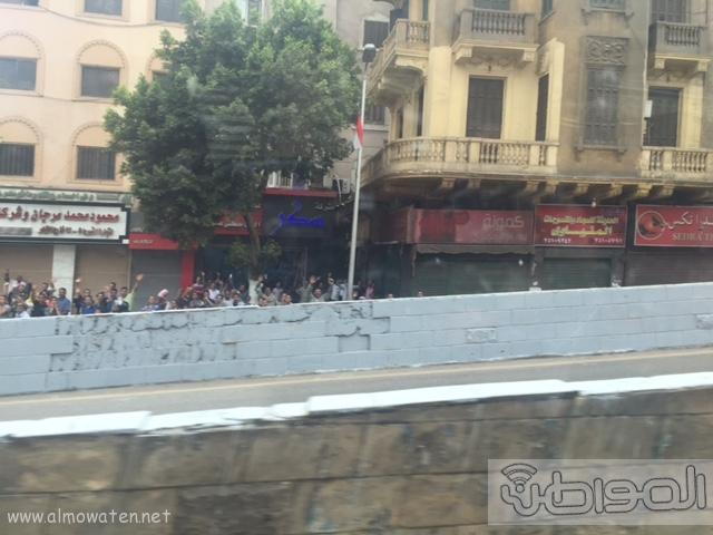 حشود واعلام وتدابير امنية احتفاء بالملك بجامع الازهر (20)