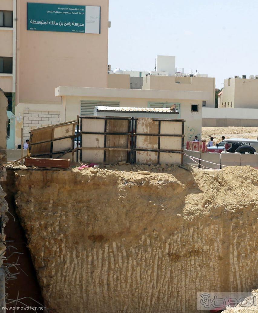 حفرة عملاقة تهدد المواطنين شمال الرياض (1)