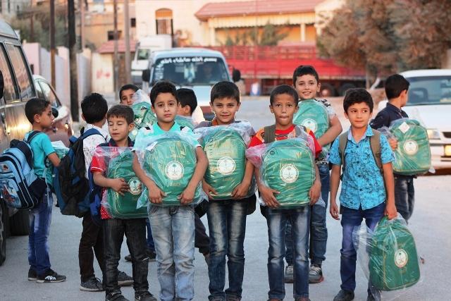 حقائب أطفا سوريا (2)