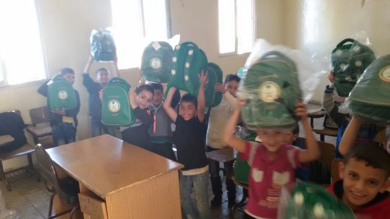 حقائب اطفال سوريا (1)