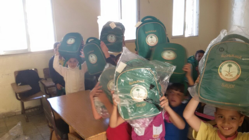 حقائب اطفال سوريا (3)