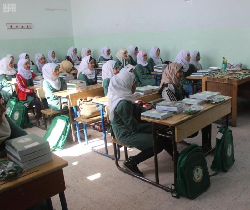 حقائب مدرسية الأشقاء السوريين (3)