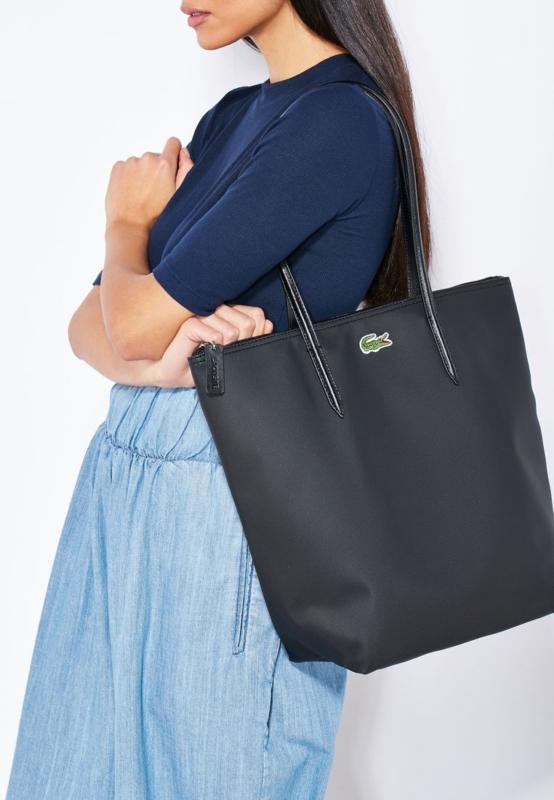 حقيبة يد لاكوست
