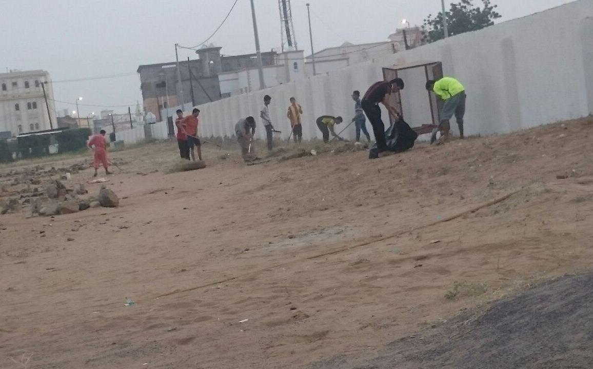 حملة تطوعية لنظافة مقابر الظبية وصيانتها (17)