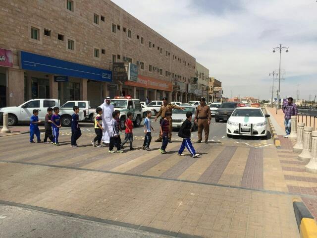 حملة مرورية لاحترام المشاة بشوارع الخفجي (4)