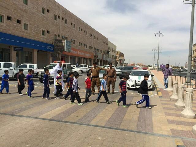 حملة مرورية لاحترام المشاة بشوارع الخفجي (7)