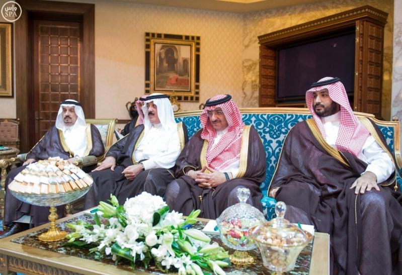خادم الحرمين الشريفين ورئيس جمهورية السودان يعقدان جلسة مباحثات3