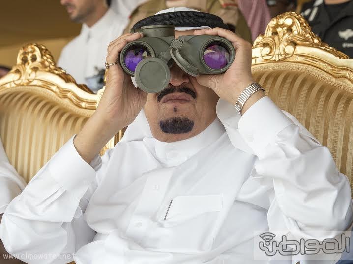 خادم الحرمين الشريفين يرعى المناوره الختامية لتمرين رعد الشمال27