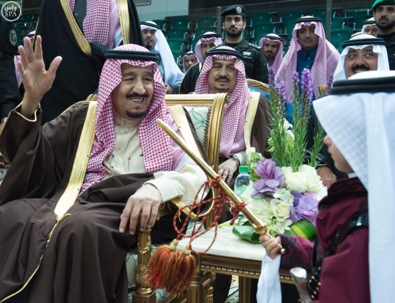 خادم الحرمين الشريفين يرعى حفل العرضة السعودية ضمن نشاطات المهرجان الوطني للتراث والثقافة في دورته الثلاثين 1