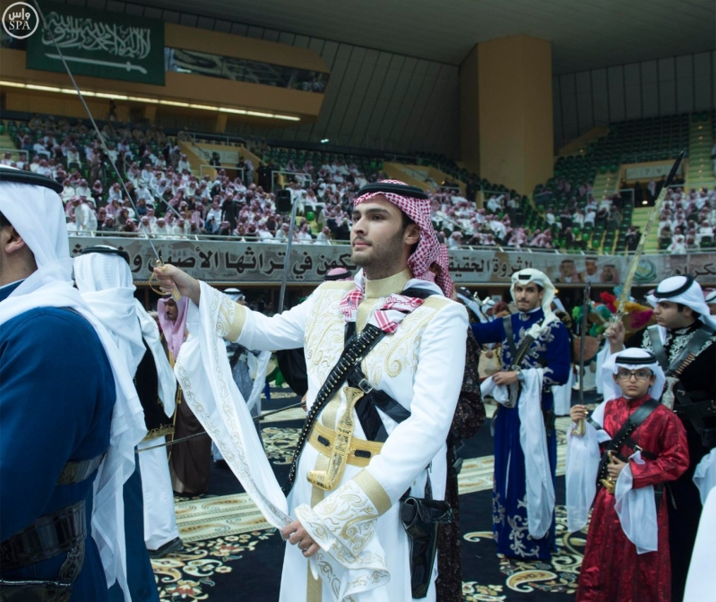 خادم الحرمين الشريفين يرعى حفل العرضة السعودية ضمن نشاطات المهرجان الوطني للتراث والثقافة في دورته الثلاثين 20