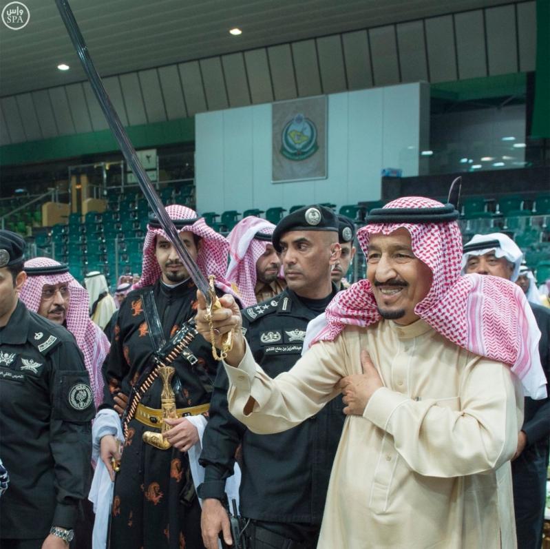 خادم الحرمين الشريفين يرعى حفل العرضة السعودية ضمن نشاطات المهرجان الوطني للتراث والثقافة في دورته الثلاثين 6