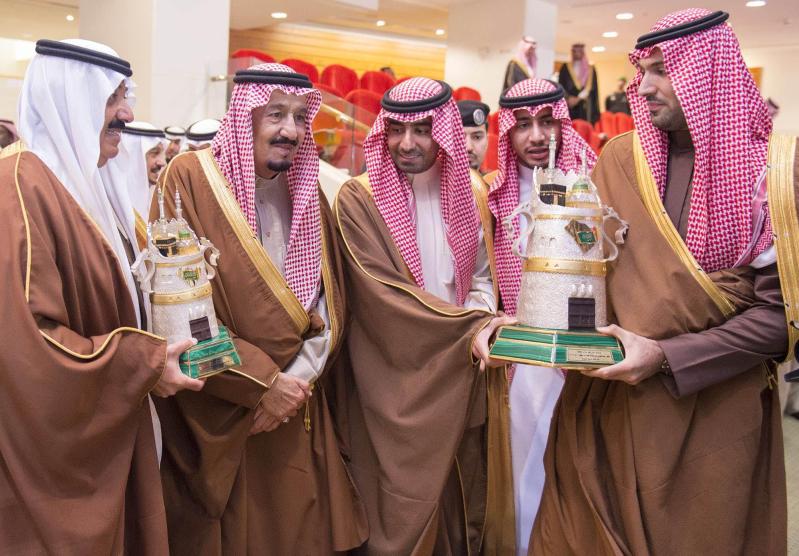 خادم الحرمين الشريفين يرعى كآس الملك عبدالعزيز 12