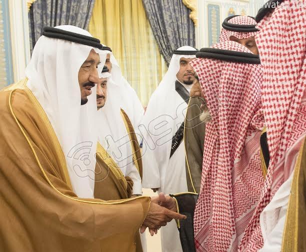 خادم الحرمين الشريفين يستقبل أصحاب السمو الأمراء وسماحة المفتي وجموعا من المواطنين 10