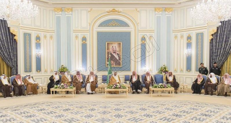 خادم الحرمين الشريفين يستقبل أصحاب السمو الأمراء وسماحة المفتي وجموعا من المواطنين 14