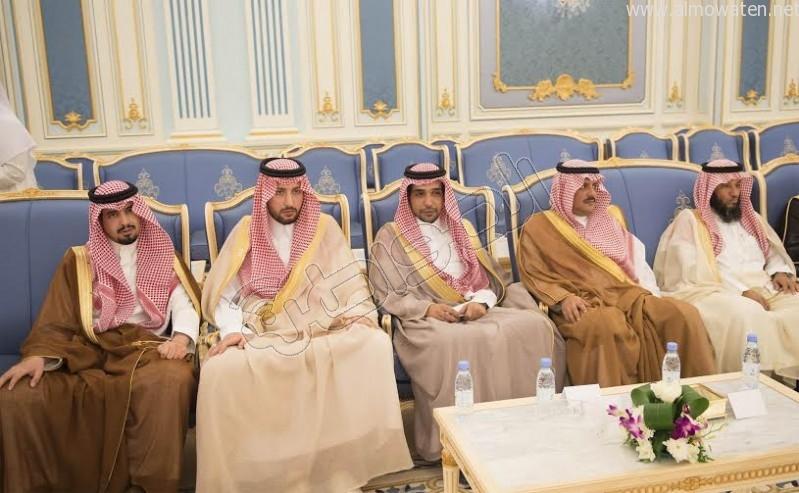 خادم الحرمين الشريفين يستقبل أصحاب السمو الأمراء وسماحة المفتي وجموعا من المواطنين 17