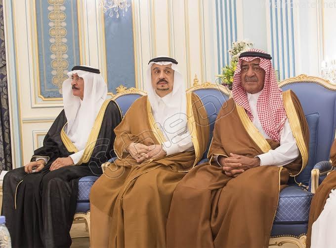 خادم الحرمين الشريفين يستقبل أصحاب السمو الأمراء وسماحة المفتي وجموعا من المواطنين 9