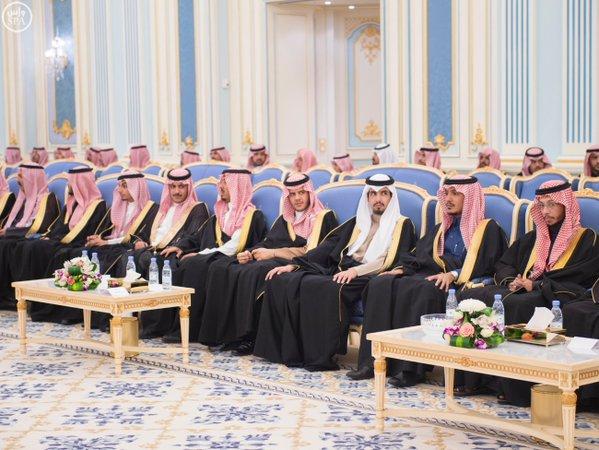 خادم الحرمين الشريفين يستقبل أصحاب السمو الأمراء ومفتي عام المملكة وأصحاب الفضيلة العلماء12