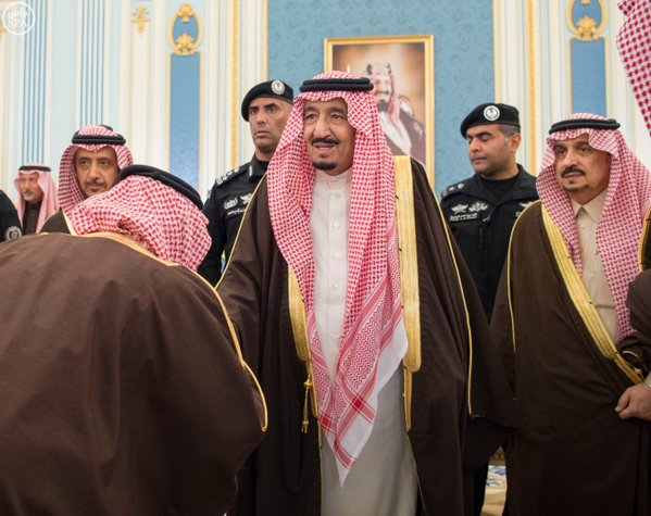 خادم الحرمين الشريفين يستقبل أصحاب السمو الأمراء ومفتي عام المملكة وأصحاب الفضيلة العلماء4
