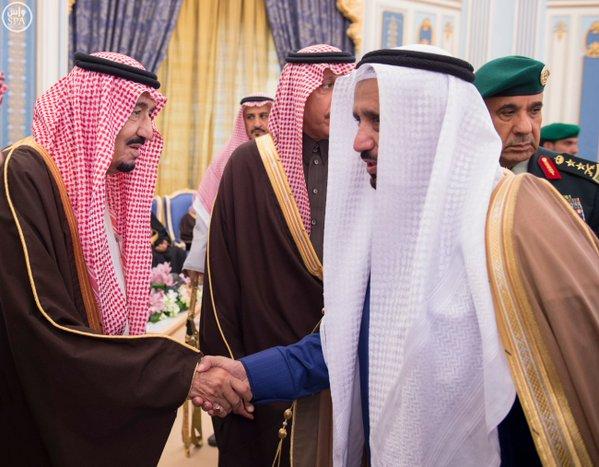 خادم الحرمين الشريفين يستقبل أصحاب السمو الأمراء ومفتي عام المملكة وأصحاب الفضيلة العلماء8