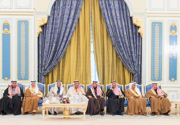 خادم الحرمين الشريفين يستقبل أصحاب السمو الأمراء ومفتي عام المملكة وأصحاب الفضيلة العلماء9