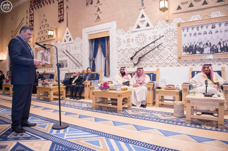 خادم الحرمين الشريفين يستقبل أعضاء المعارضة السورية الذين اختتموا اجتماعاتهم في الرياض99