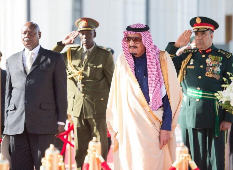 خادم الحرمين الشريفين يستقبل الرئيس الأوغندي