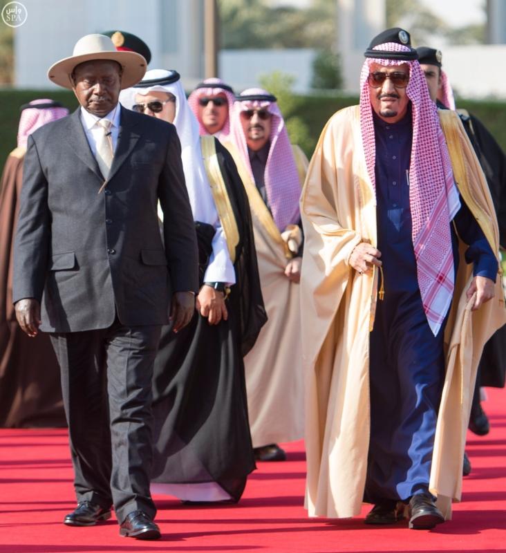 خادم الحرمين الشريفين يستقبل الرئيس الأوغندي1