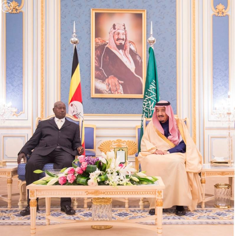 خادم الحرمين الشريفين يستقبل الرئيس الأوغندي4