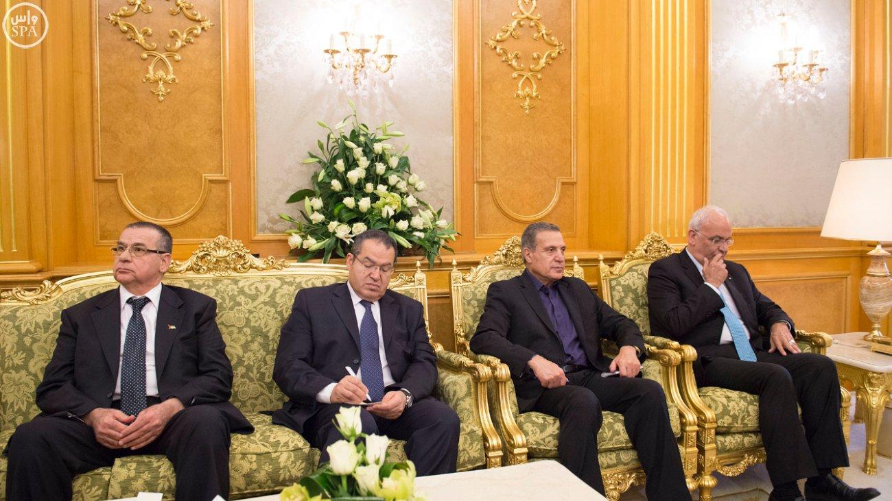 خادم الحرمين الشريفين يستقبل الرئيس الفلسطيني (3)