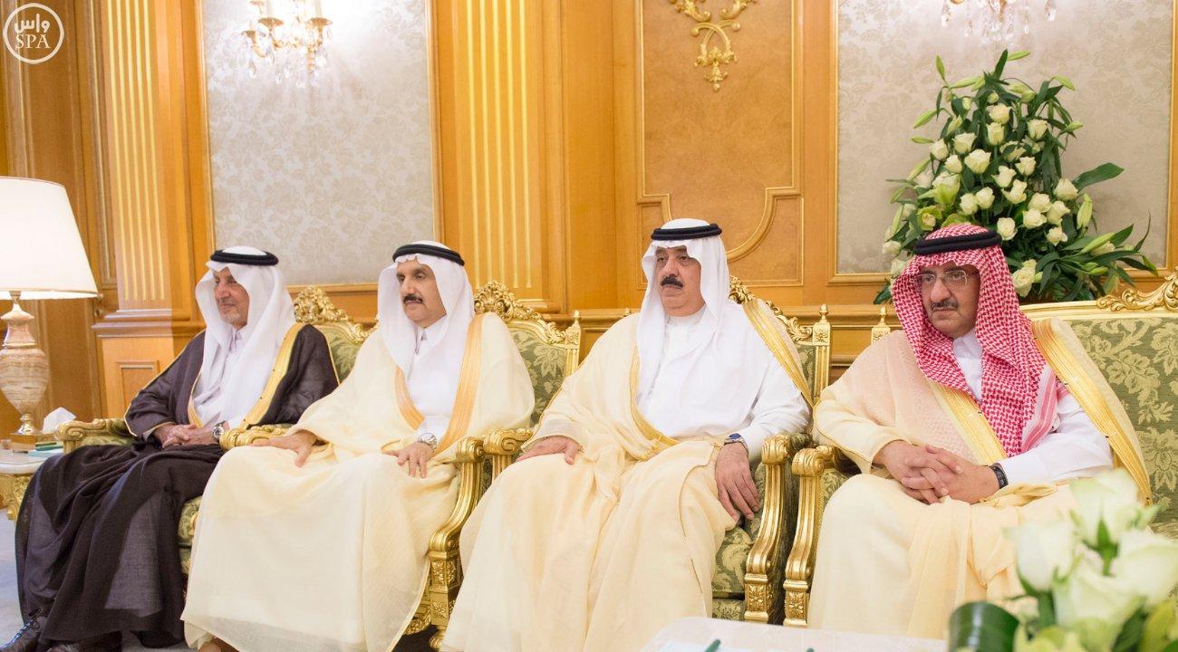 خادم الحرمين الشريفين يستقبل الرئيس الفلسطيني (6)