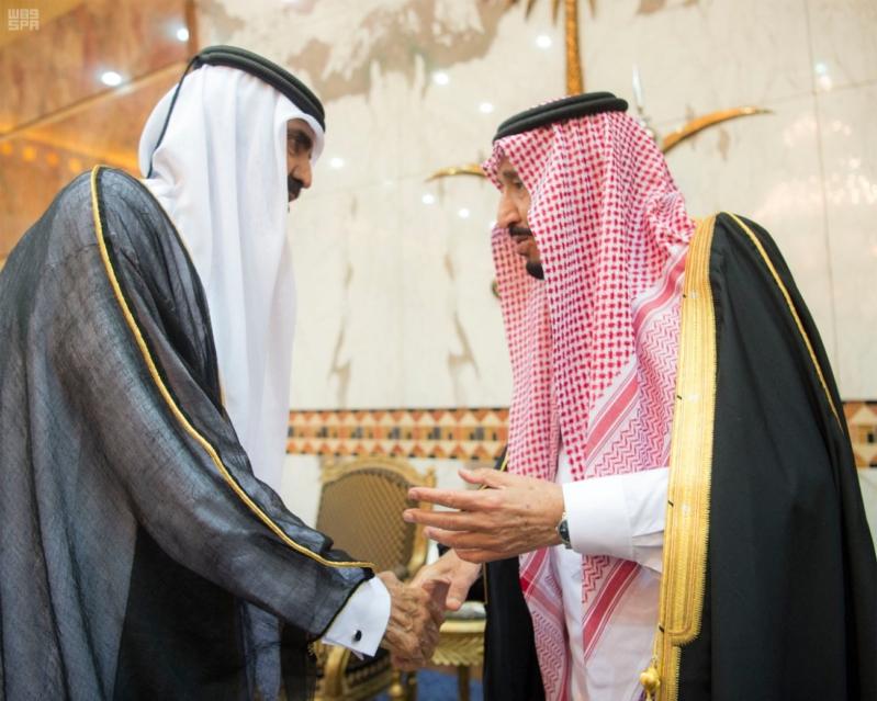 خادم الحرمين الشريفين يستقبل المعزين في وفاة صاحب السمو الملكي الأمير تركي 25