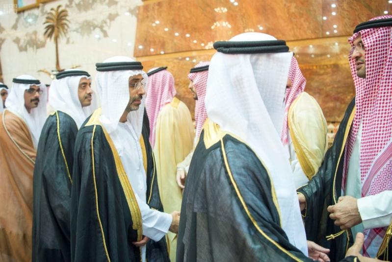 خادم الحرمين الشريفين يستقبل المعزين في وفاة صاحب السمو الملكي الأمير تركي 27