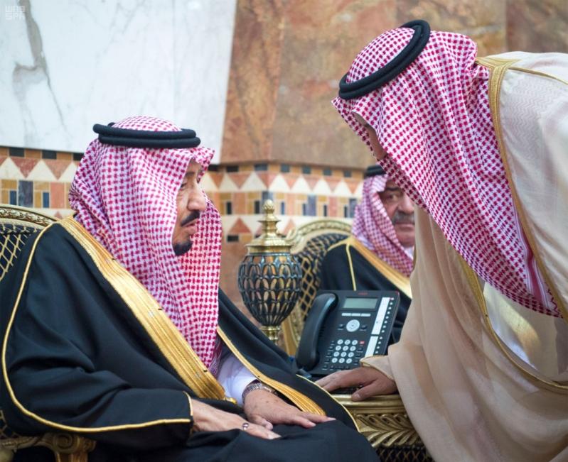 خادم الحرمين الشريفين يستقبل المعزين في وفاة صاحب السمو الملكي الأمير تركي 32