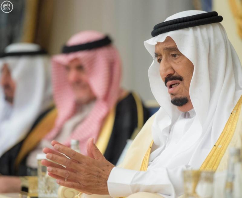 خادم الحرمين الشريفين يستقبل المهنئين بشهر رمضان المبارك (31195656) 