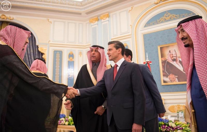 خادم الحرمين الشريفين يستقبل رئيس الولايات المتحدة المكسيكية 9