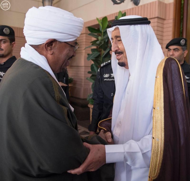 خادم الحرمين الشريفين يستقبل رئيس جمهورية السودان