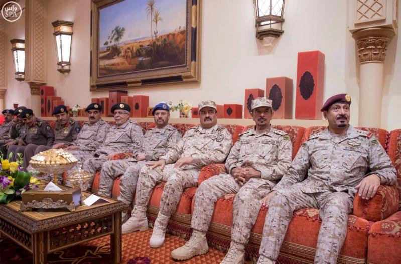 خادم الحرمين الشريفين يستقبل رئيس جمهورية السودان12
