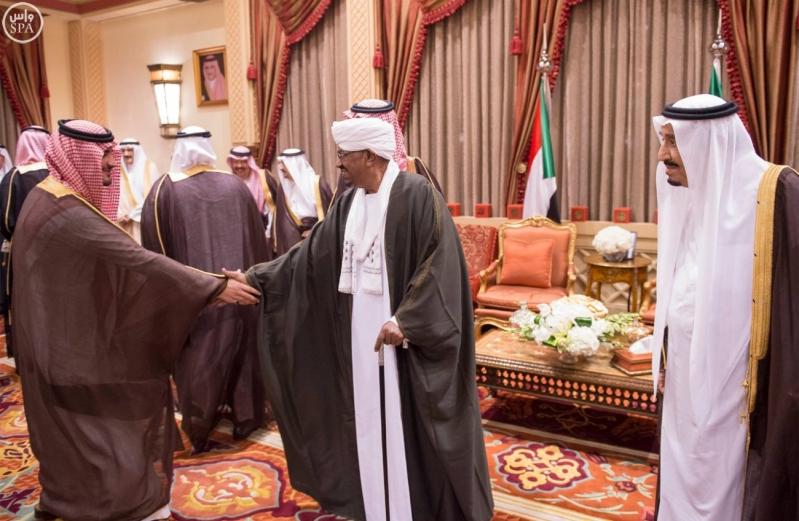 خادم الحرمين الشريفين يستقبل رئيس جمهورية السودان3