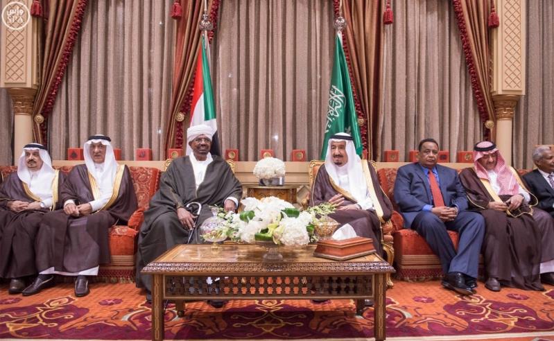 خادم الحرمين الشريفين يستقبل رئيس جمهورية السودان6
