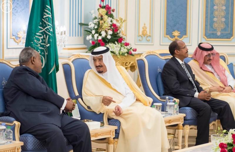 خادم الحرمين الشريفين يستقبل رئيس جمهورية جيبوتي 5