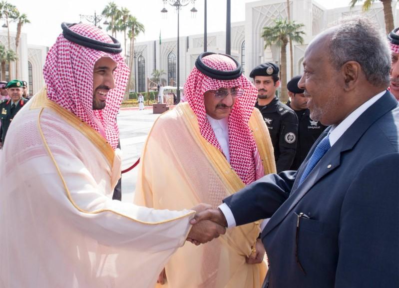 خادم الحرمين الشريفين يستقبل رئيس جمهورية جيبوتي 7