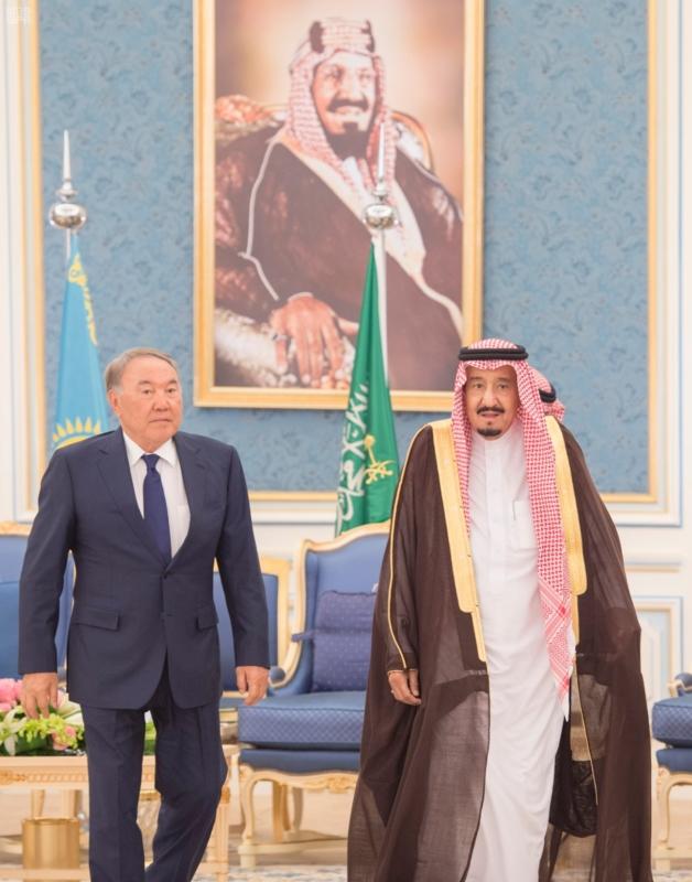 خادم الحرمين الشريفين يستقبل رئيس جمهورية كازاخستان ويقيم له مأدبة غداء 4