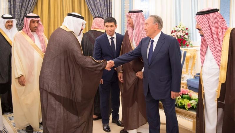 خادم الحرمين الشريفين يستقبل رئيس جمهورية كازاخستان ويقيم له مأدبة غداء 7