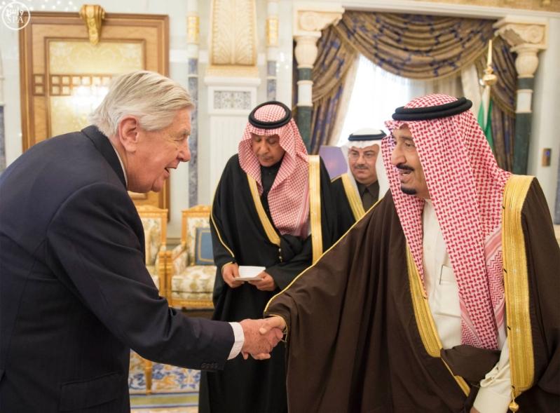 خادم الحرمين الشريفين يستقبل رئيس وفد الجمعية البرلمانية في منظمة حلف شمال الأطلسي2